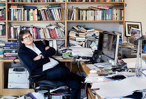 All the news that's fit to print...is now uploaded. Alan Rusbridger forsaw doom. Pic: Newstatesman
